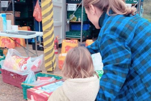 Sam Faiers teaches daughter Rosie to 'be kind' as they donate to local food bank