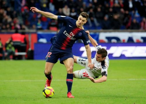Liverpool hold talks with Ligue 1 star over potential free transfer switch