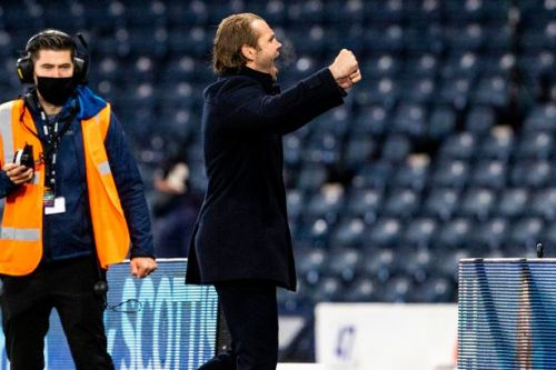 Robbie Neilson pays tribute to Marius Zaliukas after 'fitting' Hearts win