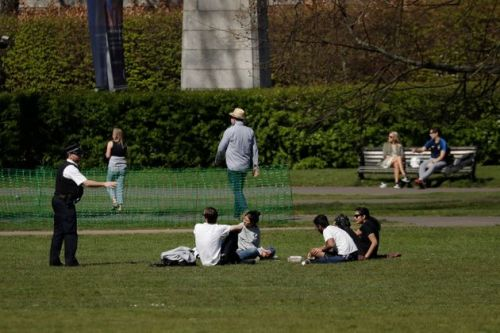 Why It's Not Okay To Sunbathe In Public During Lockdown