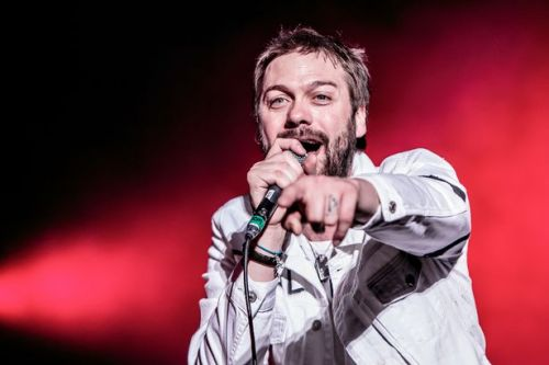 Kasabian's lead singer Tom Meighan quits band over 'personal issues'