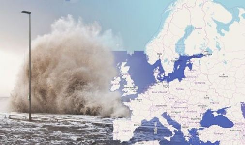 Flood warning: Greenland's rapid melting threatens 400 million people with floods - MAPPED