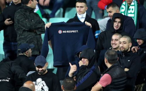 Bulgarian PM urges his country's top football chief to resign after racism furore