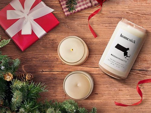 These candles smell like home, and they're the perfect gift this holiday season