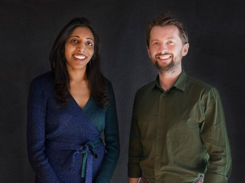 This startup works with Facebook and Google to steer internet users away from misinformation. Get an exclusive look at the pitch deck it used to land $7 million from VCs
