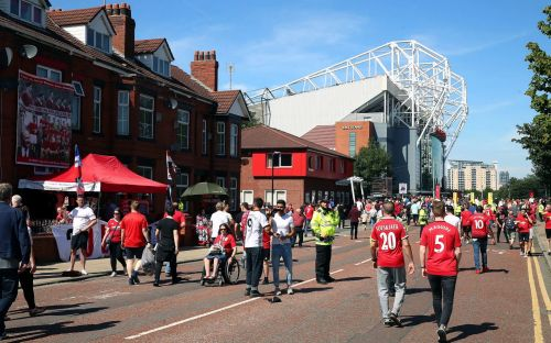 Manchester United vs Crystal Palace, Premier League: live score and latest updates from 3pm kick-offs