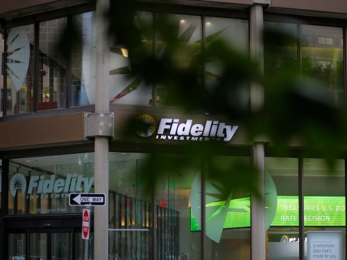Fidelity customers panicked after a technical glitch caused their 401 accounts to show a $0 balance
