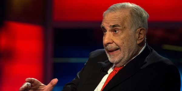 Carl Icahn netted $1.3 billion from betting against brick-and-mortar shopping malls with an instrument that gained fame in the 2008 crisis