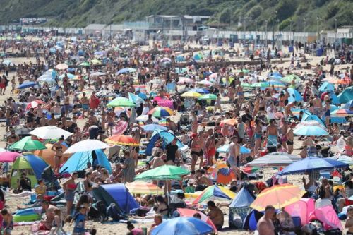 Brits pack onto beaches to soak up the sun in 26.5C scorcher