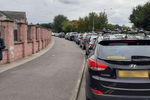 Call for ban on cars dropping off and picking up pupils outside two Falkirk schools