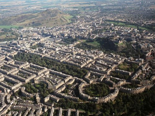 Edinburgh World Heritage raises fears that new tourism blueprint for the city will be 'toothless'