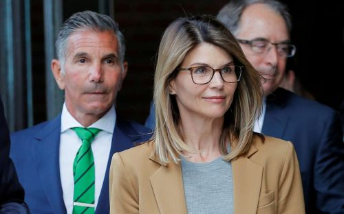 Actress Lori Loughlin and her husband Mossimo Giannulli plead guilty in college admissions scandal