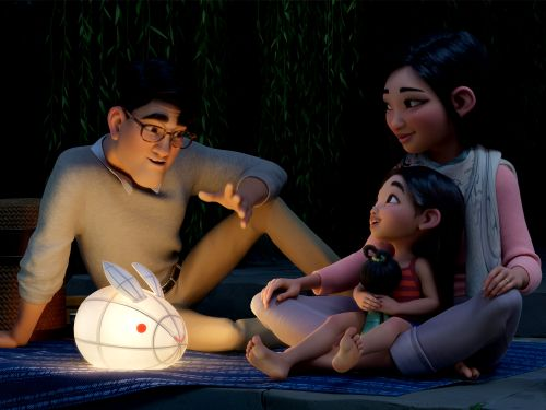 A young girl voyages into outer space in the Over the Moon trailer