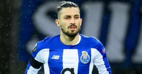 Man Utd confident of Telles deal despite standout flaw in first official bid