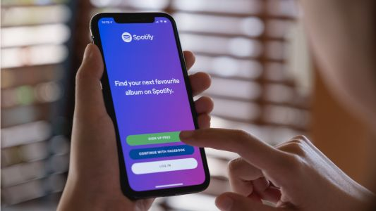 Spotify is down right now if you have an iPhone