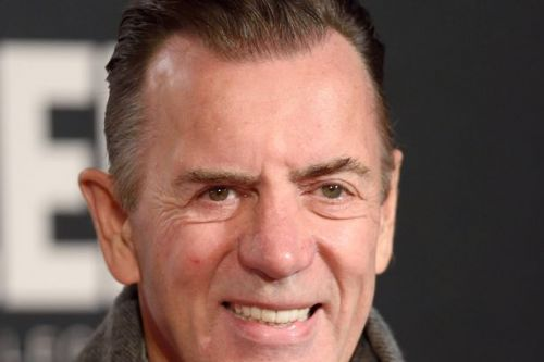 Duncan Bannatyne wades into transgender row after changing rooms tweet