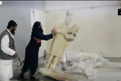 ISIS admits to looting oil and antiquities to swell its war chest