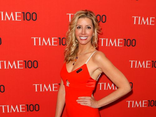 Billionaire Spanx founder Sara Blakely is loaning out her wedding dress to brides who lost thousands of dollars because of coronavirus cancellations