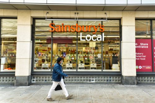 Sainsbury's to follow Tesco and return £440,000,000 it saved in Covid crisis