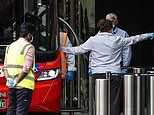 Security guards patrolling hotel quarantine guests in Melbourne may have allowed virus to spread