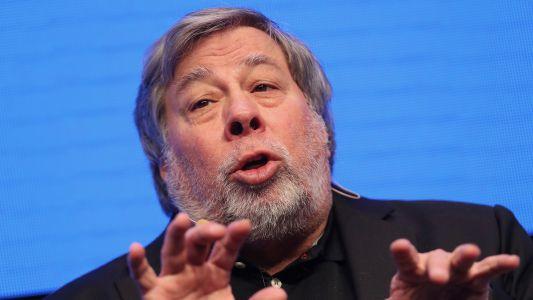 Apple Co-Founder Wozniak Has a New Startup That Melds Blockchain and Green Tech