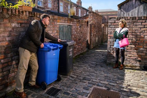 Coronation Street spoilers: Emma Brooker risks everything after killer discovery