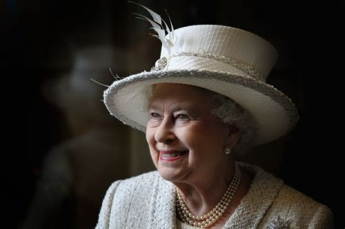 Helen Mirren and Stephen Fry unveiled as star line-up of Queen's Platinum Jubilee show