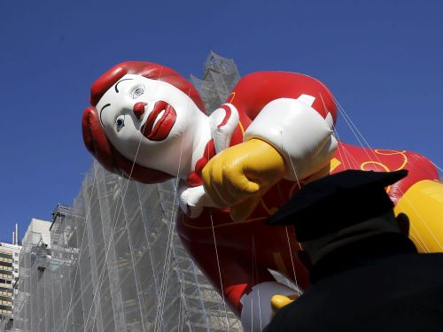 'The ketchup has hit the fan': McDonald's makes changes to shift costs to franchisees, reigniting a civil war at the fast-food giant