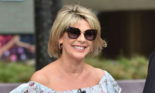 Ruth Langsford stuns Loose Women fans in unique geometric dress