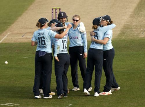 Tammy Beaumont hails 'special moment' as England end summer series on high note