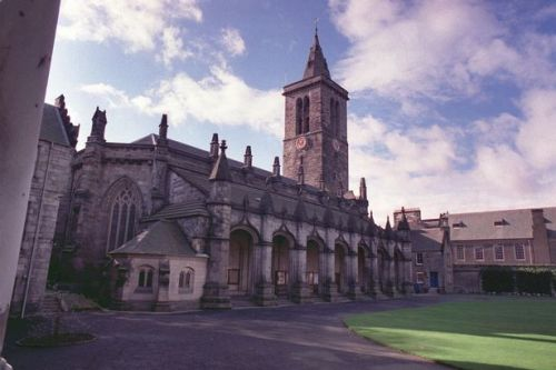 Police have 'no reports' of sex attacks at St Andrews uni despite online claims
