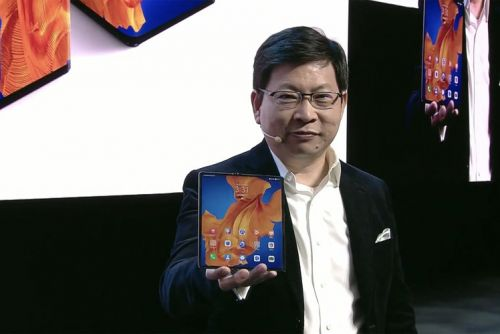 The Huawei Mate Xs is a beefed-up version of last year's Mate X foldable
