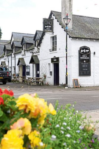 REVIEW: Hearty fare at popular Highland restaurant