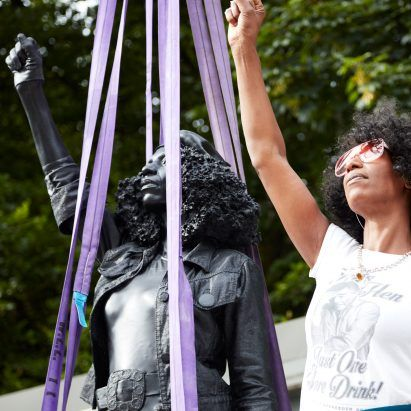 Marc Quinn replaces statue of slaver Edward Colston with Black Lives Matter protestor
