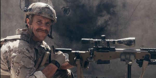 Navy SEAL Gallagher admits 'distasteful' picture with dead ISIS fighter was 'trying to make it look tough'