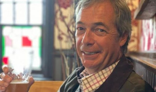 Nigel Farage appears to break quarantine rules with pub photo after US trip