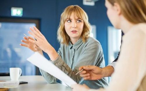 Meetings are good for therapy, but little else, warns academic
