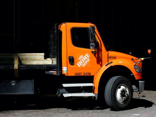 Home Depot says the decline of Sears has helped it disrupt delivery