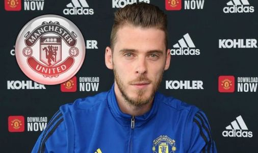 Man Utd fans react to David De Gea contract - 'Should have ran when you had the chance'