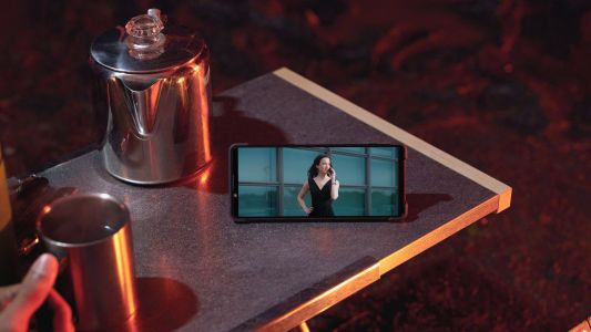 Sony's Xperia 1 II phone seems ideal for movies and music on the move