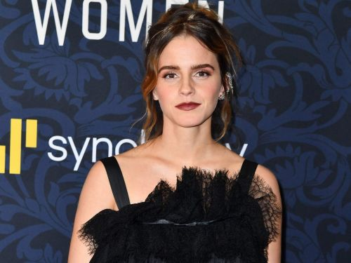 Emma Watson wants us all to calculate carbon footprint of our clothes and we stan so hard