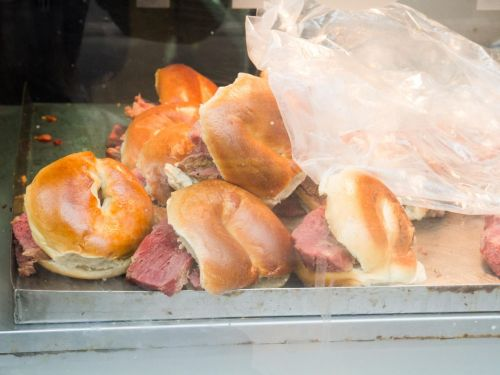 Adored Bagel Slinger Beigel Bake Will Now Put Its Creations on Wheels