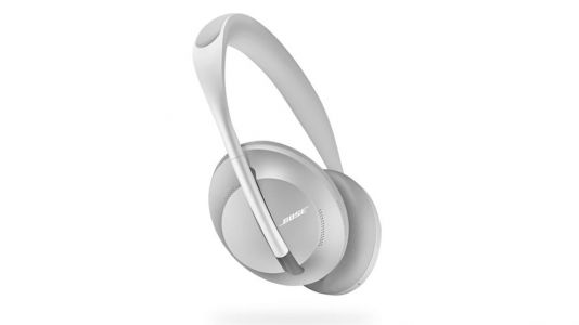 Sony WH-1000XM3 vs Bose Noise Cancelling Headphones 700: which is better?