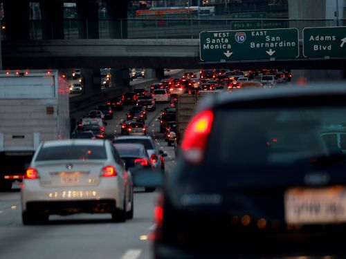 Here's what time you should travel if you want to avoid traffic on Thanksgiving, according to Google