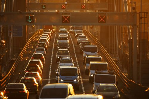 MPs say we all have to ditch cars to meet climate change target