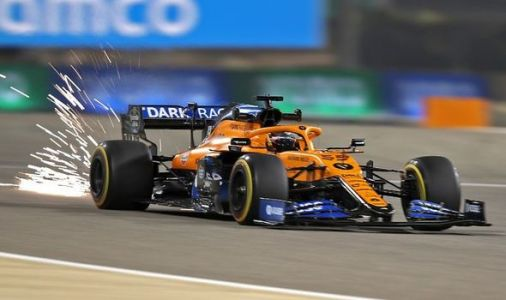 F1 video: The moment Carlos Sainz spins out during Bahrain Grand Prix qualifying