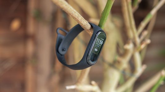 Realme is making a fitness tracker to compete with the Xiaomi Mi Band