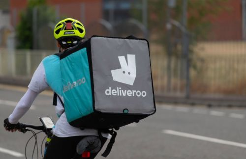 Deliveroo gives 500,000 free meals to NHS workers fighting coronavirus