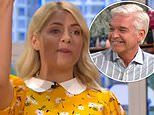 Holly Willoughby reveals the hilarious moment she fell through her chair