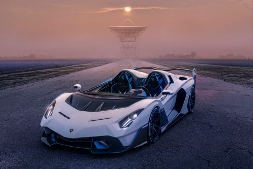 A wealthy buyer commissioned this one-off Lamborghini to look straight out of a video game - tour the 'SC20'